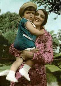 Zilda com o filho Delson (meu pai)
